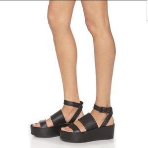 VINCE Vienna flat platform ankle sandal size 6